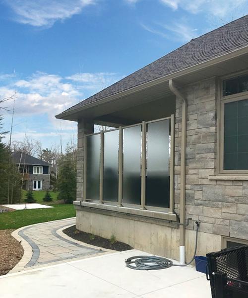 Custom height etched glass railing